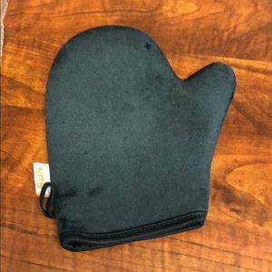 Accessories - BRAND NEW Sun Laboratories Glove
